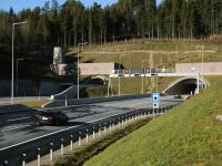 Oströhre Südportal, Einfahrt in den Tunnel Richtung Prag