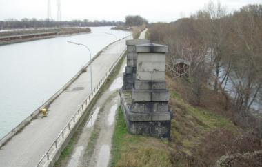 Bestandspfeiler zwischen Freudenauer Hafen und Donaukanal