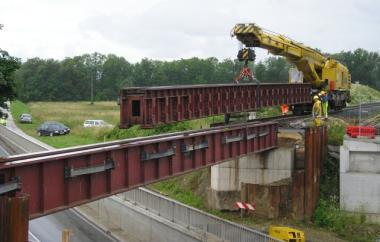 Verlegung Brückentragwerk