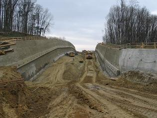 Tunnel Hankenfeld: Einschnitt mit Rückverankerter Spritzbetonwand